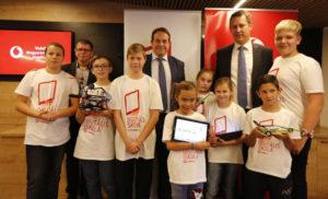 """A H-Didakt Kft. együttműködési megállapodást kötött a Vodafone Alapítvánnyal a """"Digitális Iskola Programhoz"""""""
